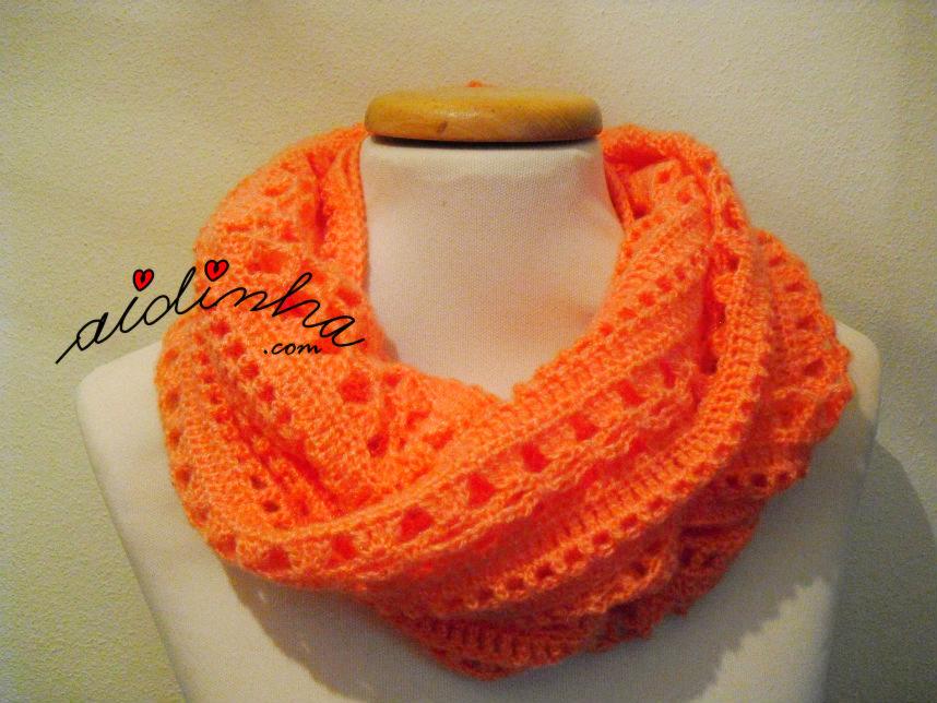 Gola de duas, em crochet