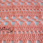 Gola de duas voltas, em crochet, na cor salmão