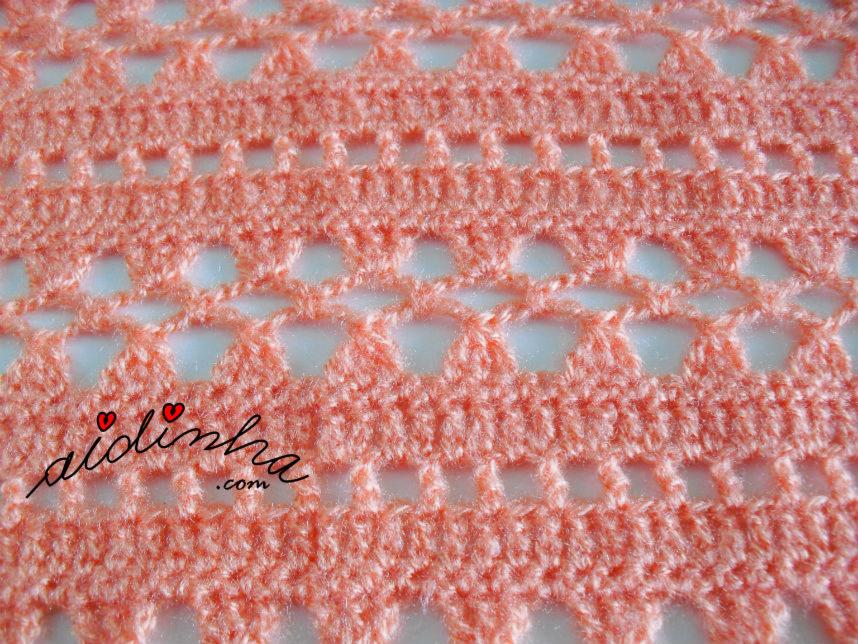 Foto do ponto de crochet da gola salmão