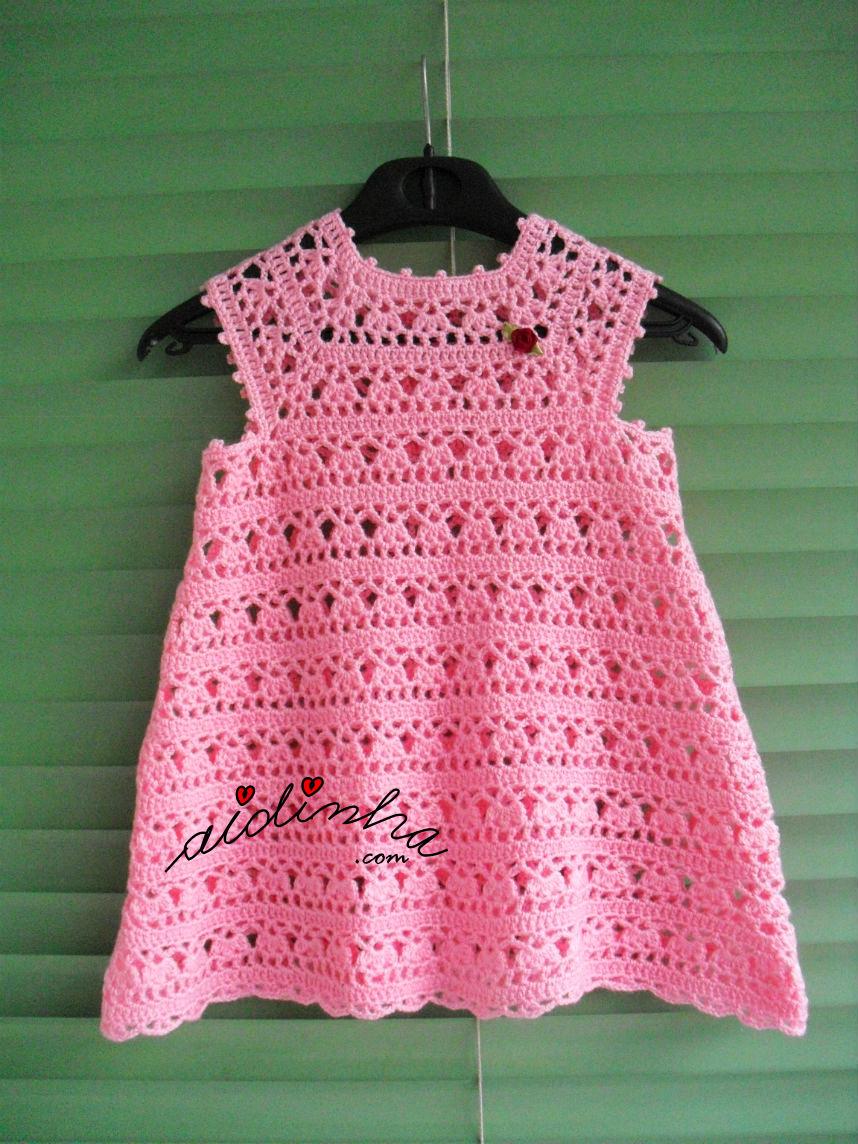 vestido de crochet, rosa bebé