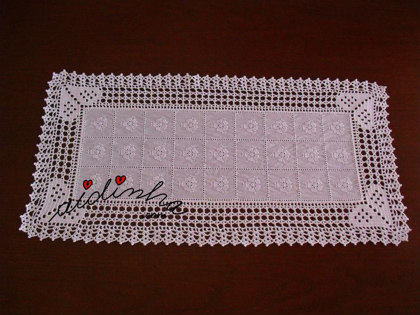Imagem do centro de crochet, com corações