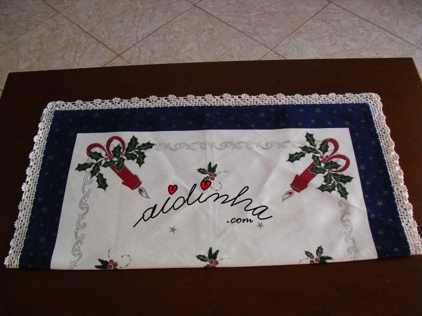 Toalhinha de Natal, com crochet