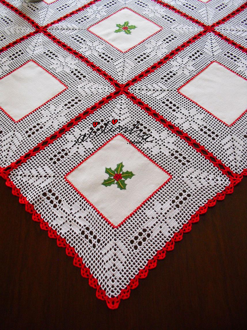 Foto da toalha de Natal com linho e crochet