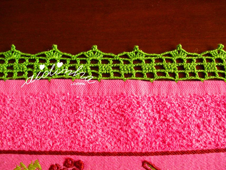 Pormenor do crochet do pano rosa