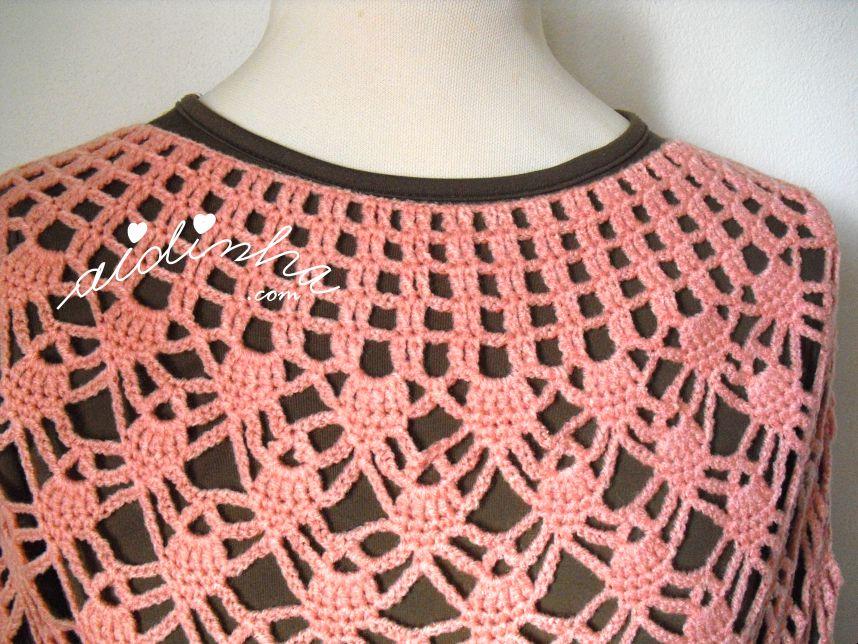 Decote da capinha de crochet salmão