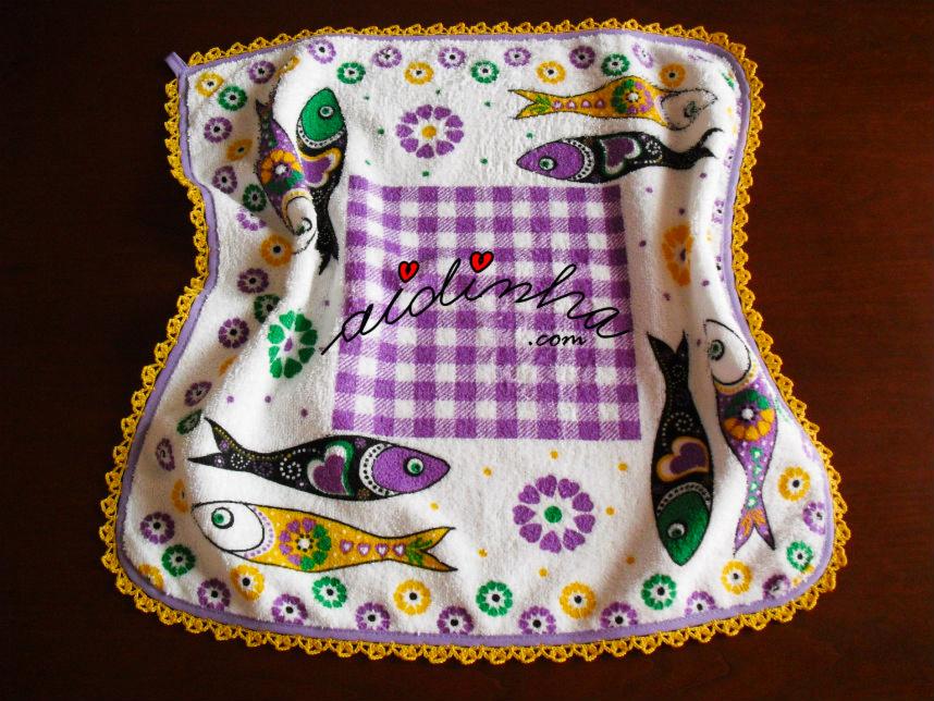 pano turco de cozinha, com sardinhas e crochet
