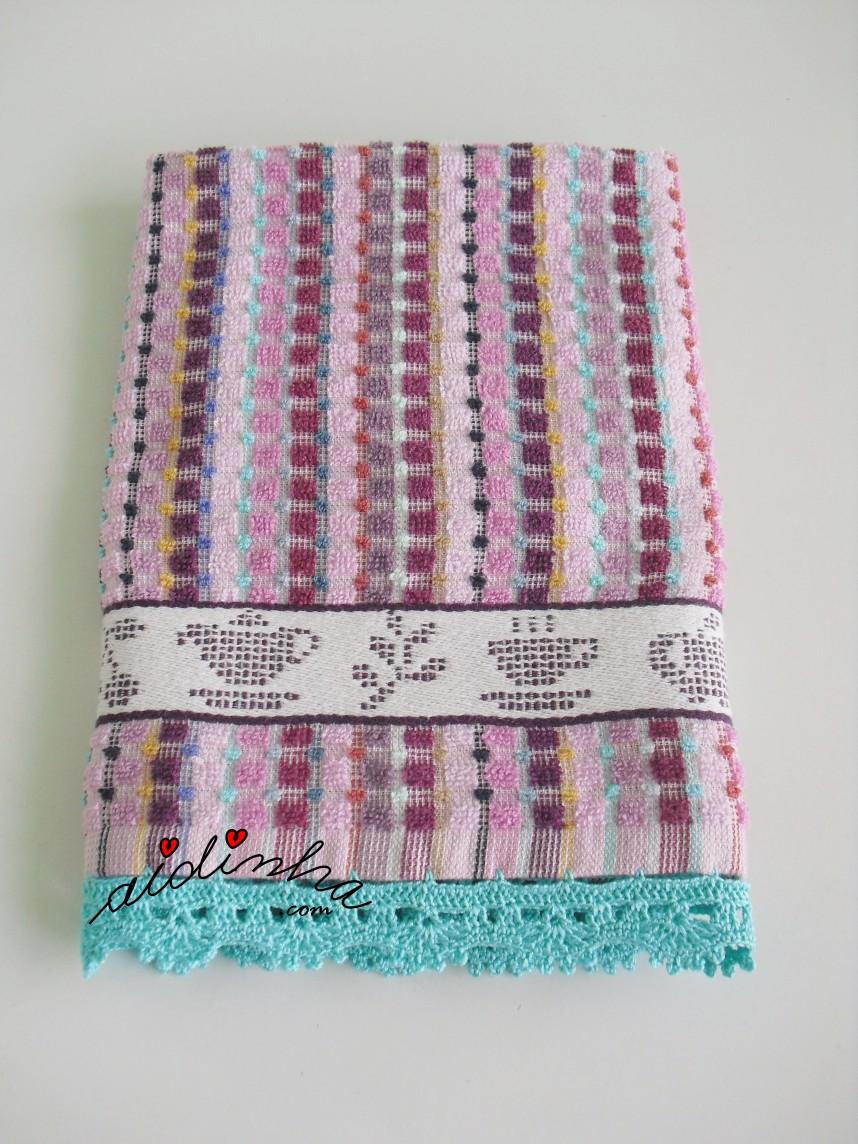 pano colorido com crochet