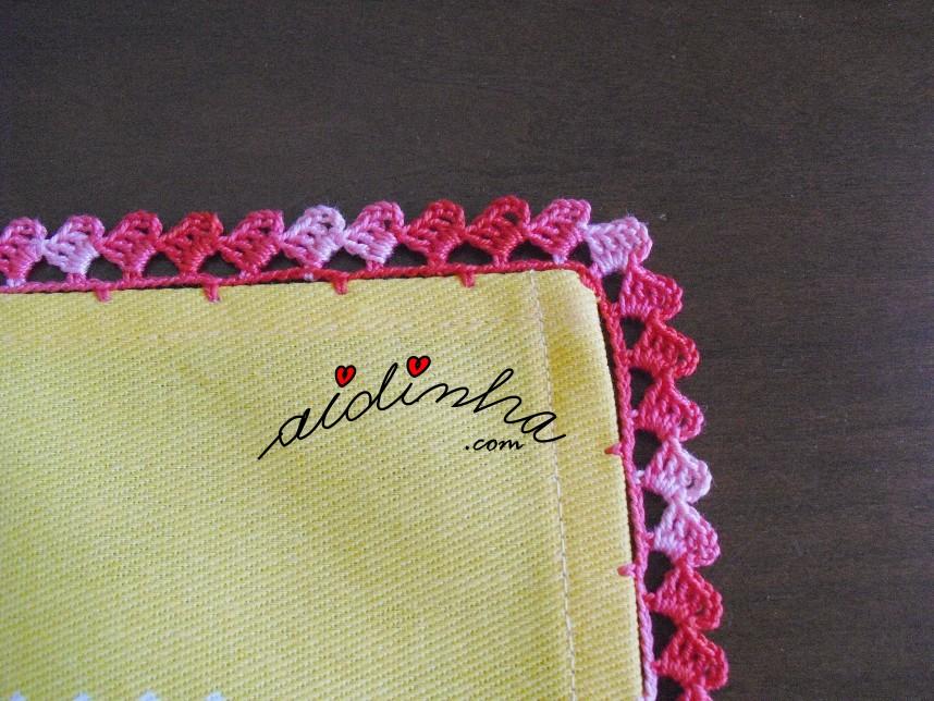 pormenor do crochet do pano de cozinha do conjunto de toalha de mesa e pano