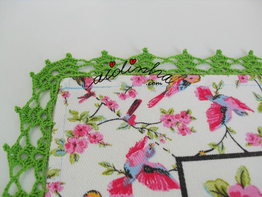 canto do crochet da toalhinha com passarinhos