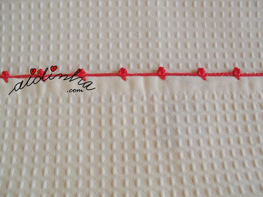 acabamento de crochet do pano de cozinha pintado à mão com cerejas