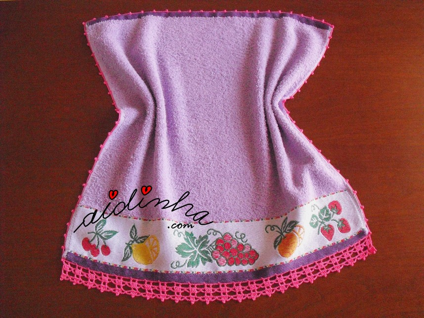 pano de cozinha, lilás com uvas e crochet