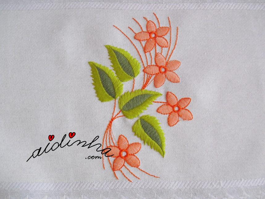 bordado do pano da louça com crochet salmão matizado