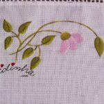 Conjunto de quarto pintado manualmente, em rosa, e com crochet